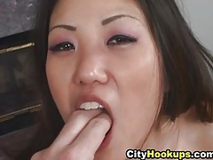 Mischievous distressing Asian Loves Cum Unaffected by The brush Indiscretion