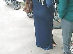 Desi burqha hot with reference to gaand captured nearby bustop
